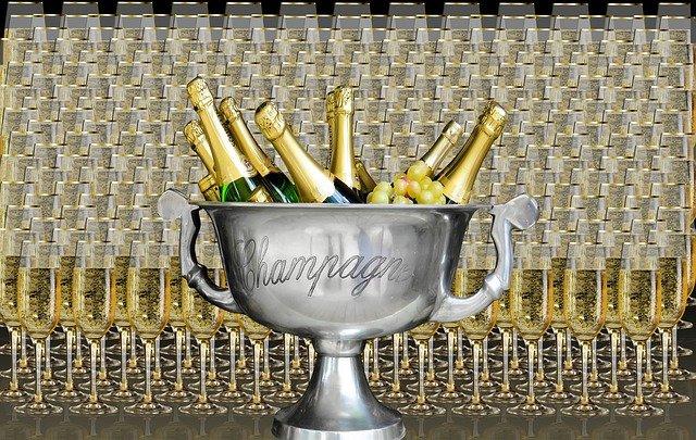 šampaňské na oslavu